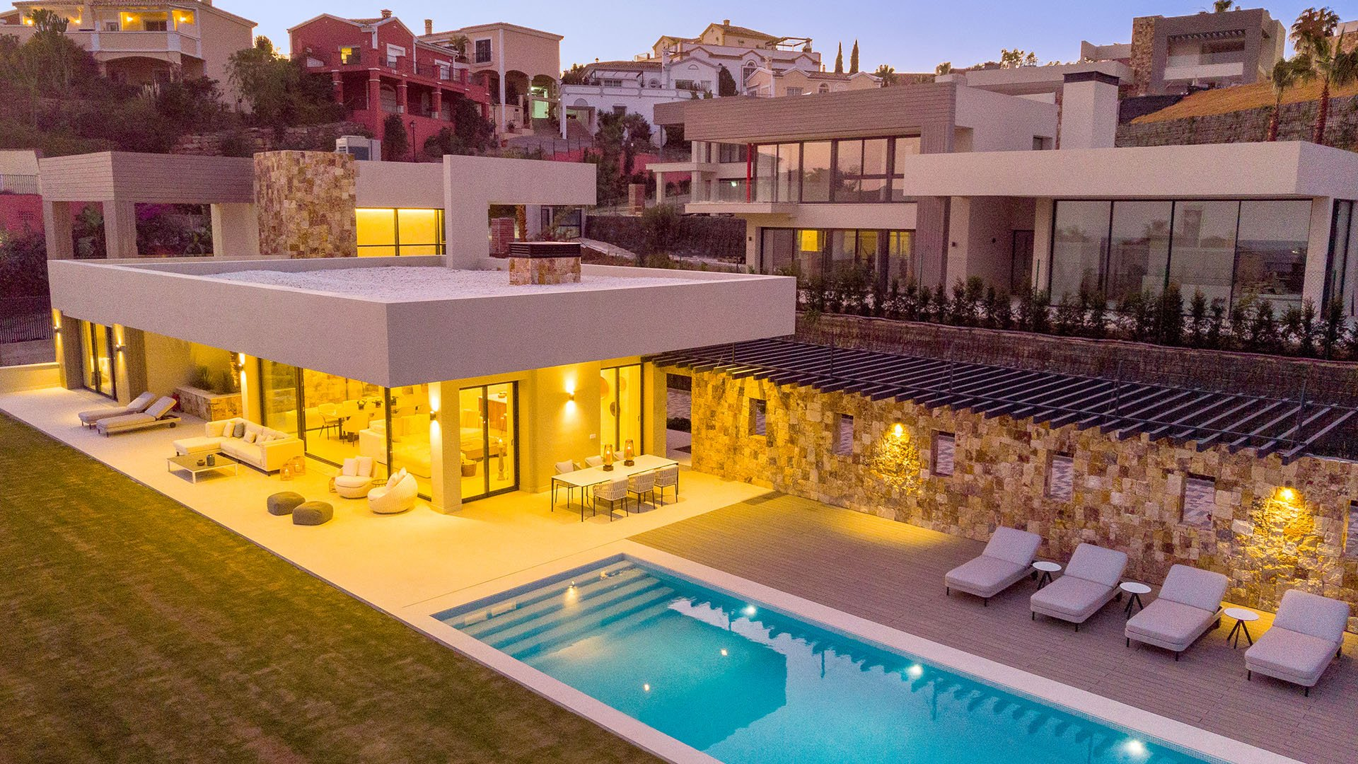 Anamaya: Boutique development of 5 contemporary luxury villas in Marbella