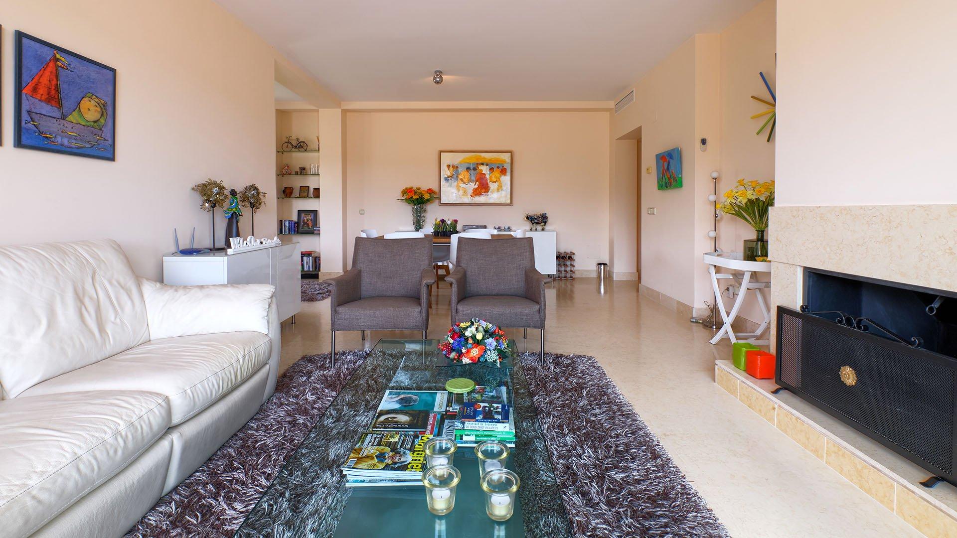 Capanes del Golf: Goed gelegen duplex penthouse met prachtig uitzicht over golf in Benahavís