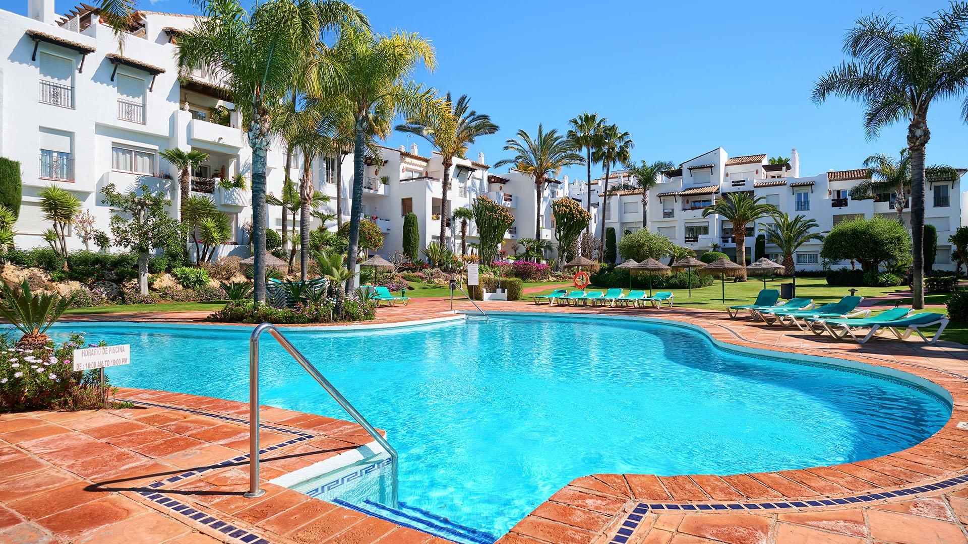 Costalita: Volledig gerenoveerd appartement op wandelafstand van het strand
