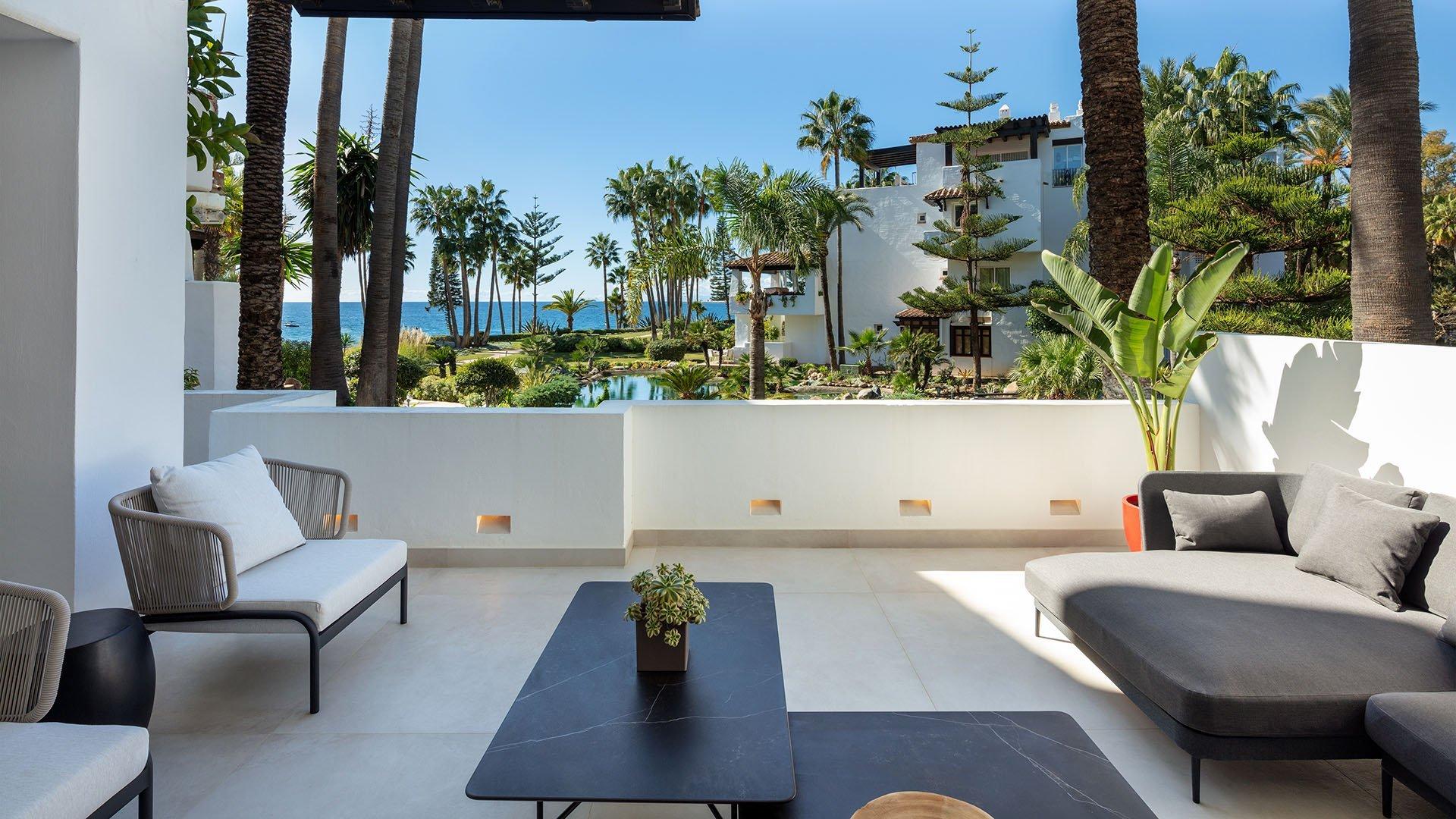 Dalia: Marvellous renovated apartment in Puente Romano, Marbella