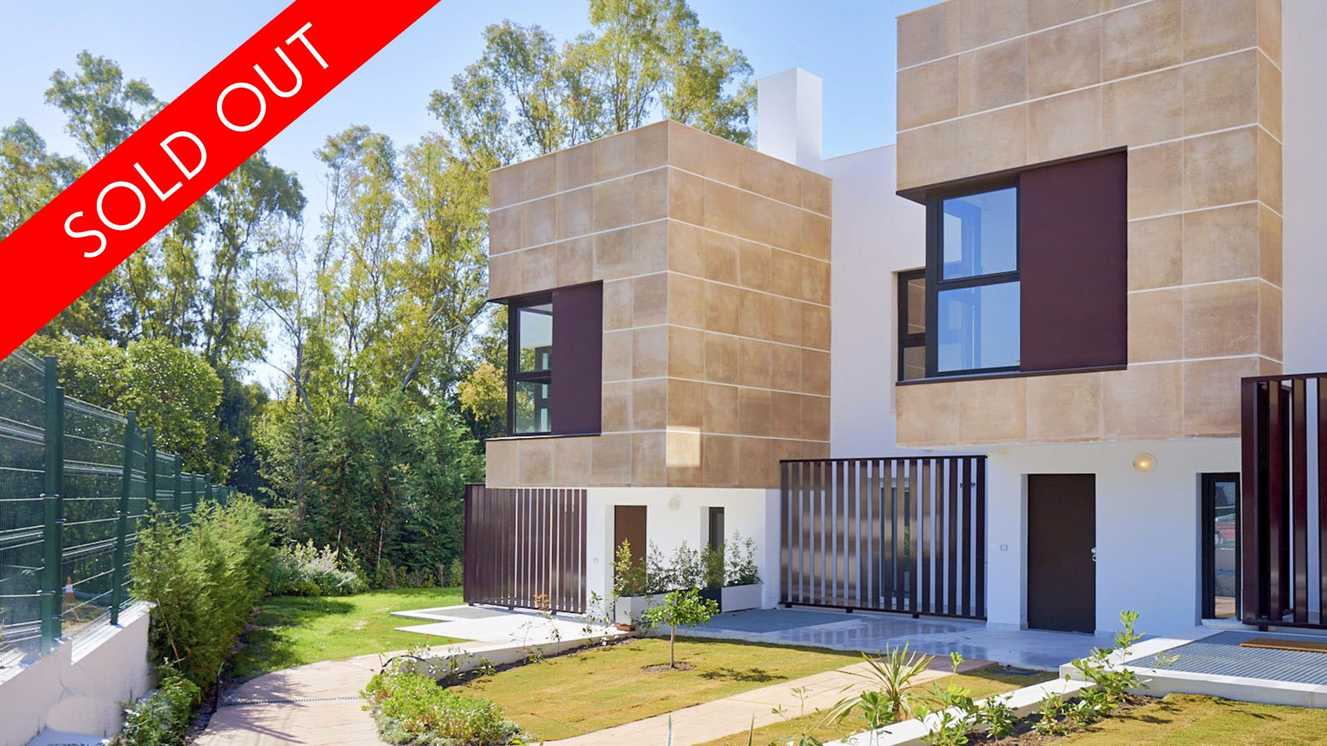 Golden Green: Nieuwbouw schakelwoningen in het hart van Nueva Andalucía