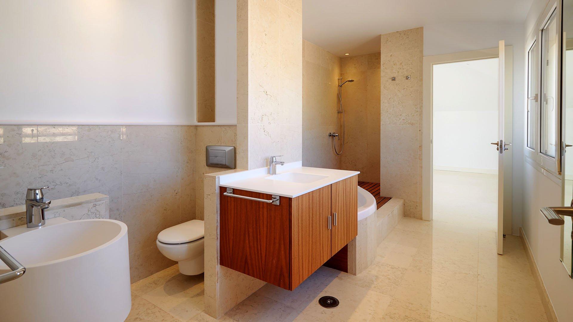 La Cascada: Ruime duplex penthouse on the Golden Mile in Marbella