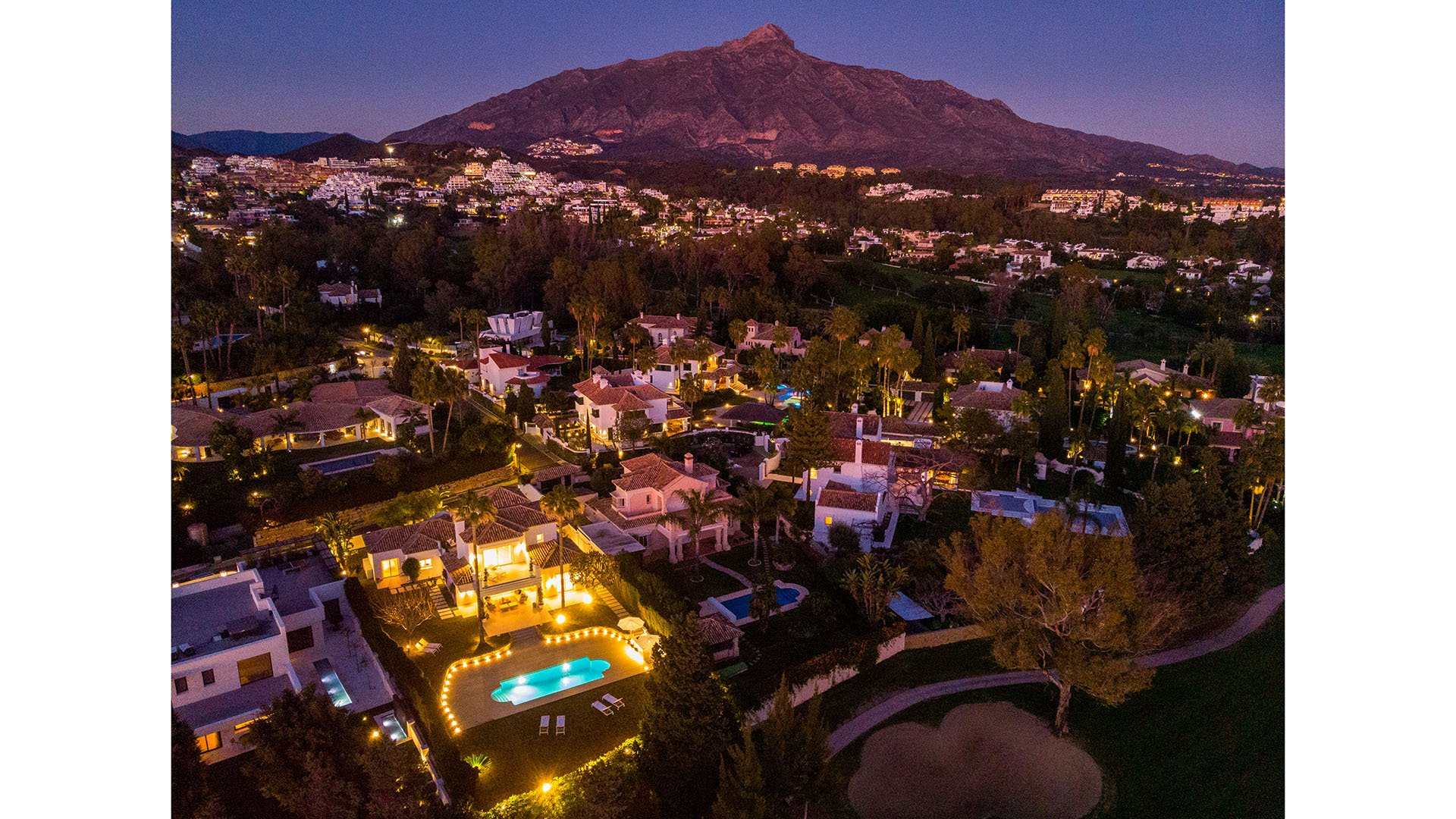 La Cerquilla 5: Beautiful front line golf villa at Los Naranjos Golf, Marbella