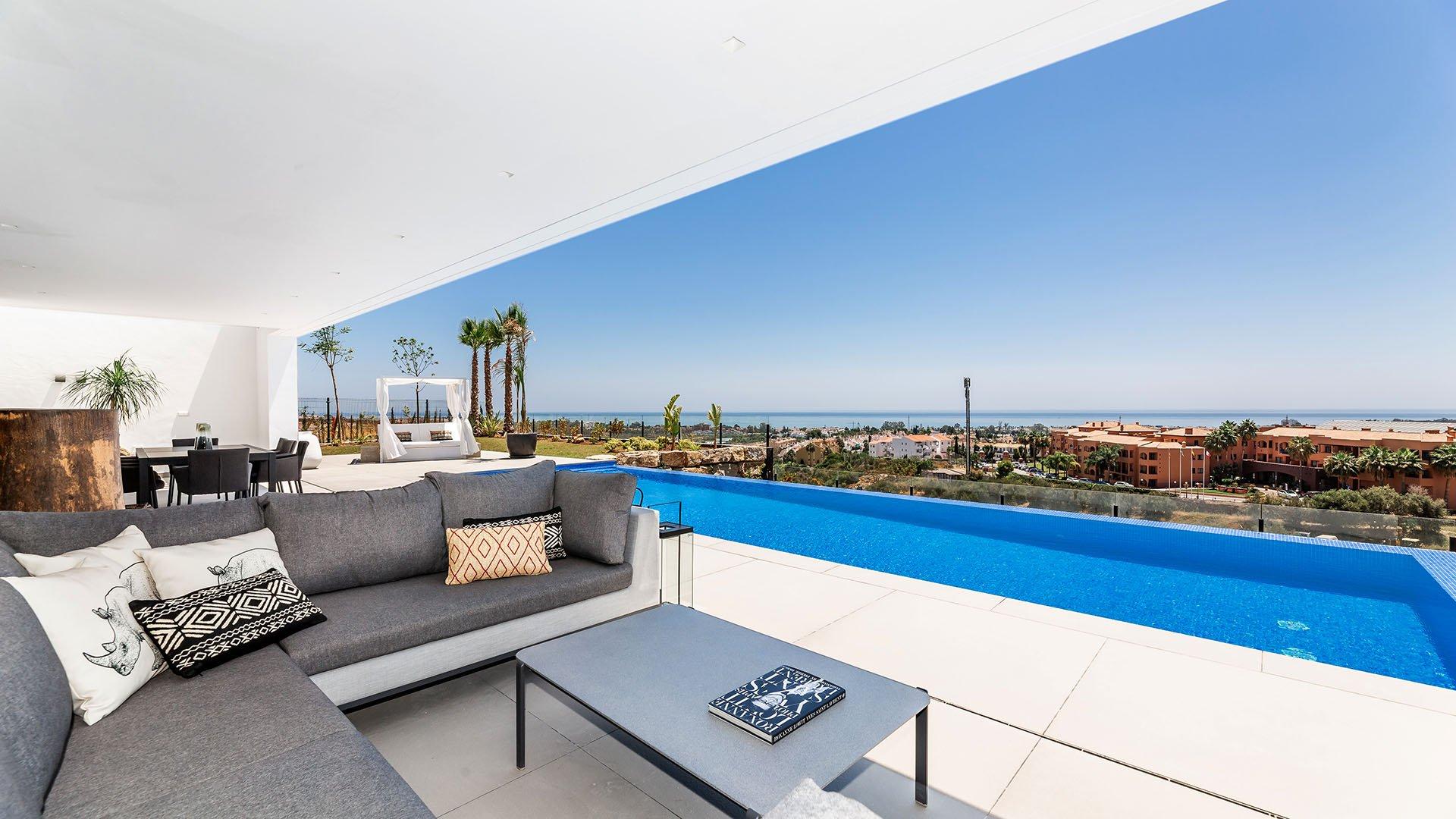 Los Flamingos Views: Contemporary villas with panoramic views located in a 5-star golf resort