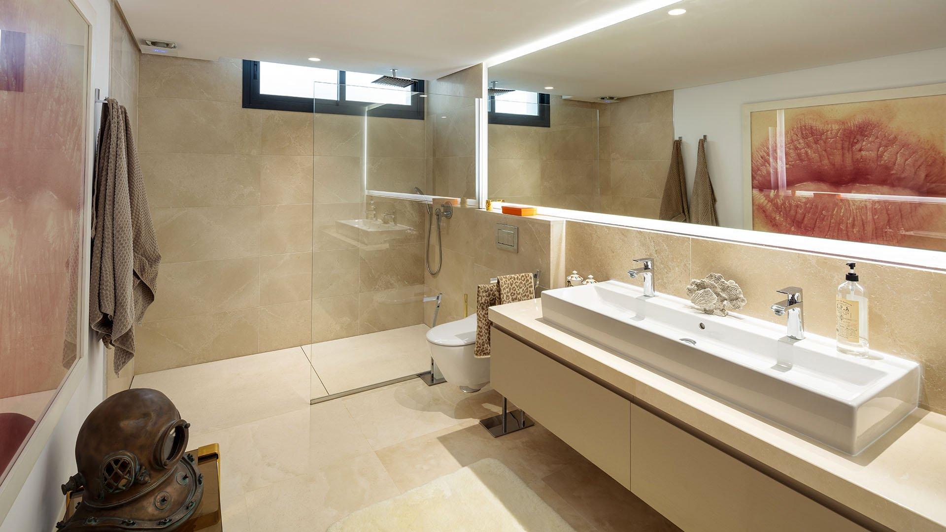 Los Olivos 5: Moderne luxe villa in Marbella's beroemde Golf Valley