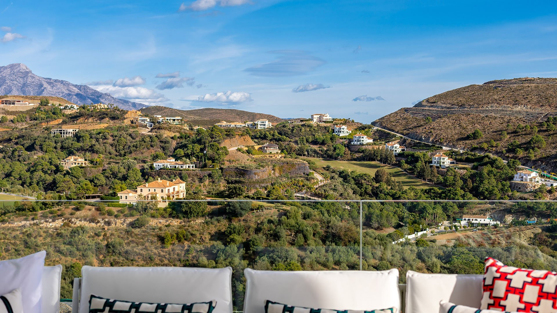 Marbella Club Hills: Great apartments next to the hills of Marbella Golf Resort