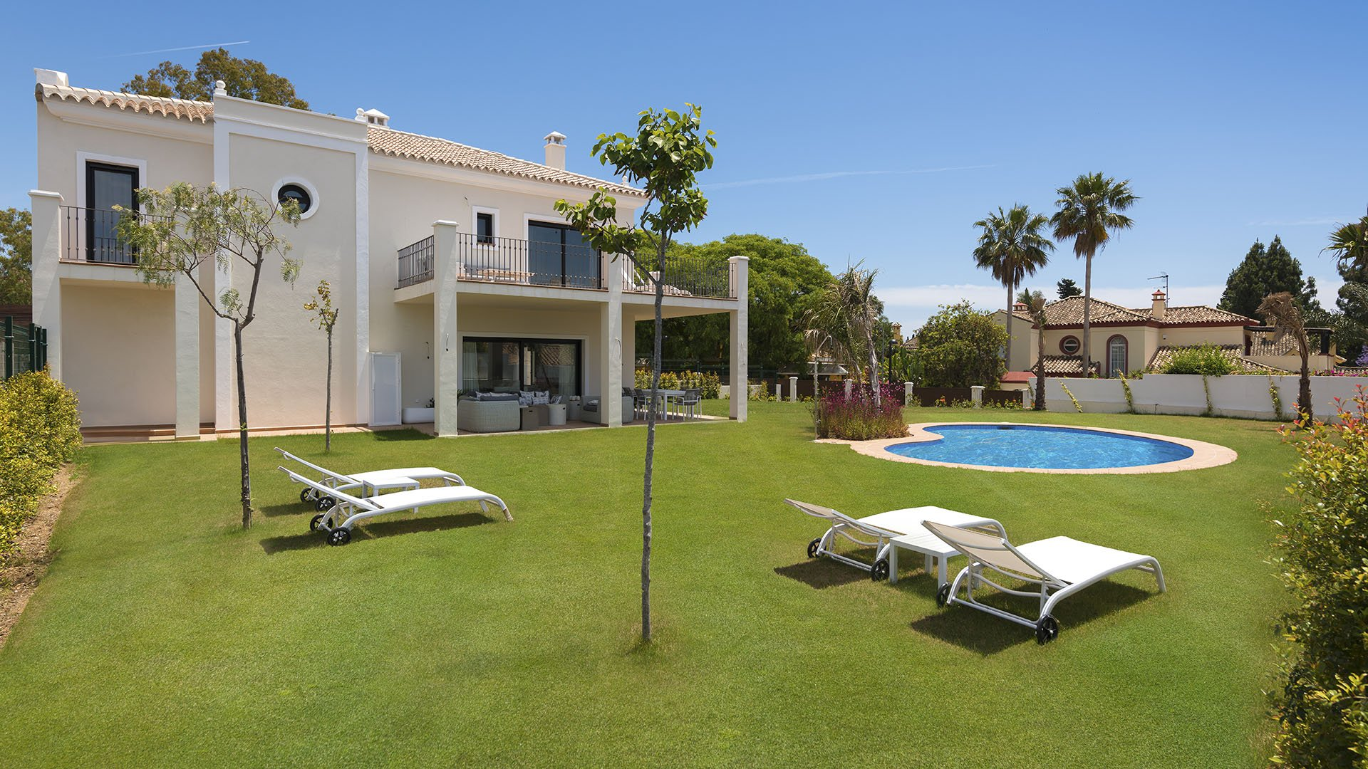 Oasis de Quadalmina Baja: Exclusive villa next to the glamorous Puerto Banús