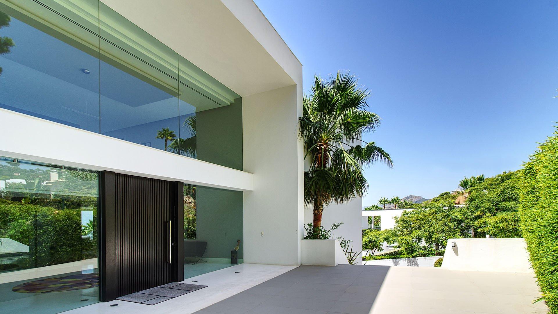 Sea La Vie: Phenomenal luxury villa with stunning seaviews