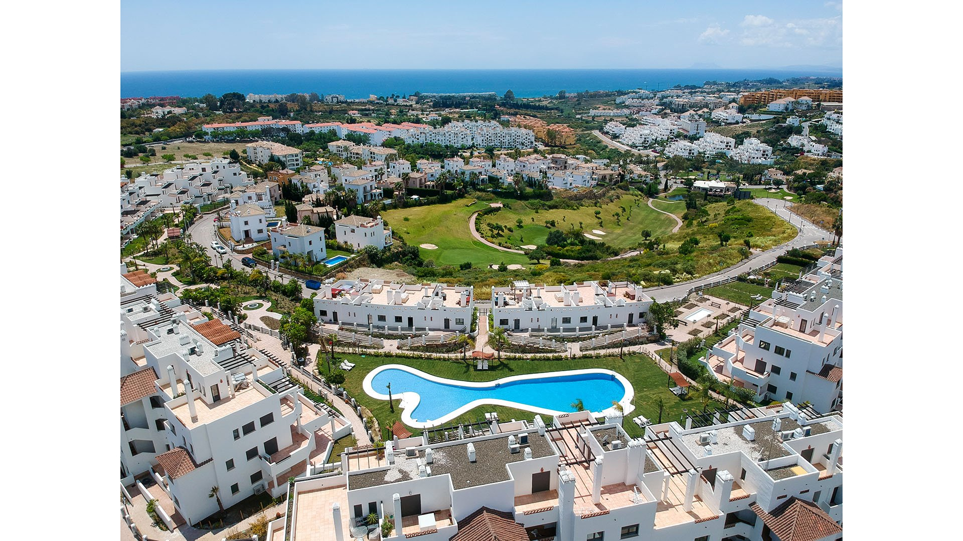 Sunset Golf Estepona: Apartments is a Mediterranean residential area close to Marbella