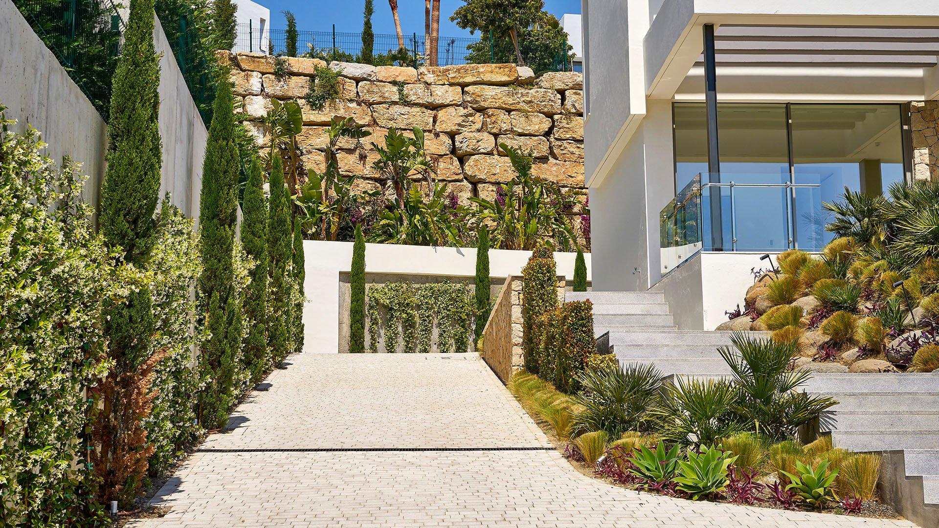 Villa Capanes Sur: Moderne luxe villa eerste lijn golf