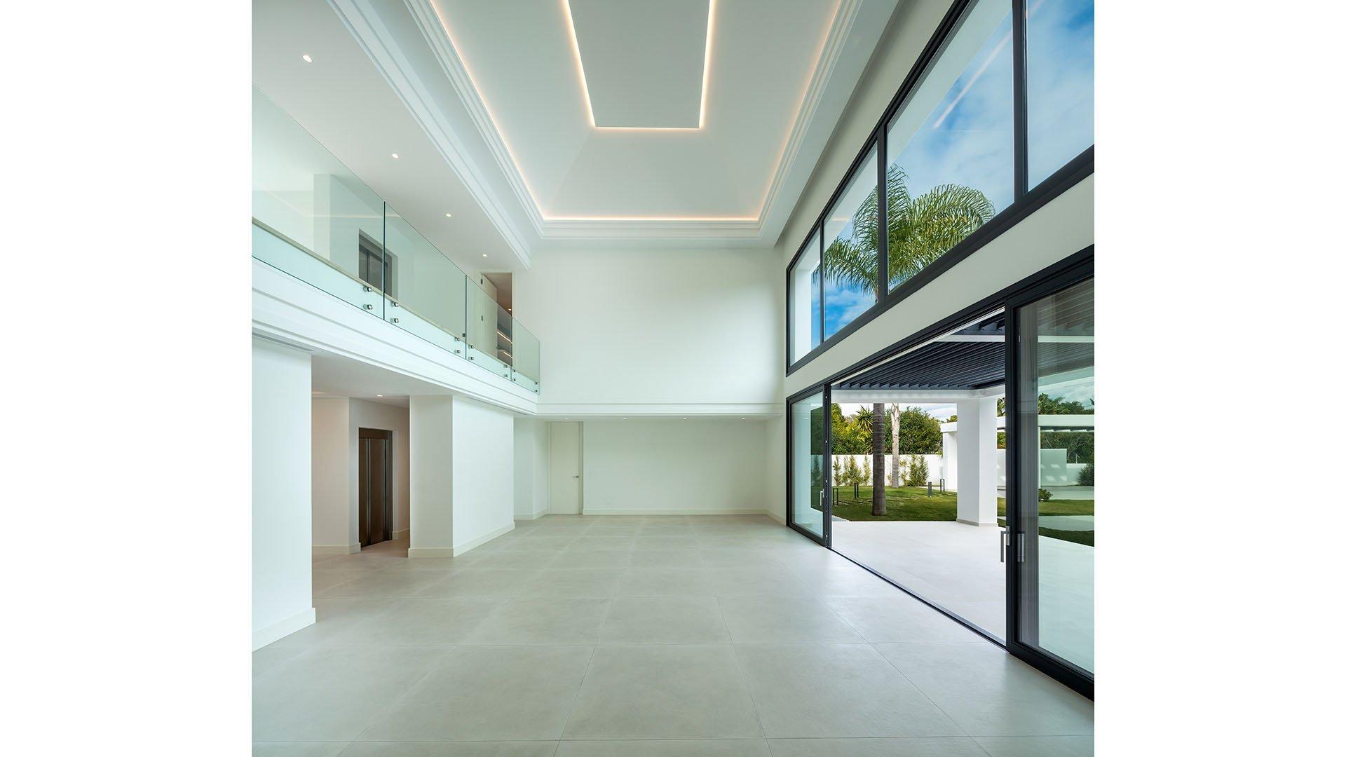 Villa Casasola 52: Spacious modern villa only 150 meters from the beach