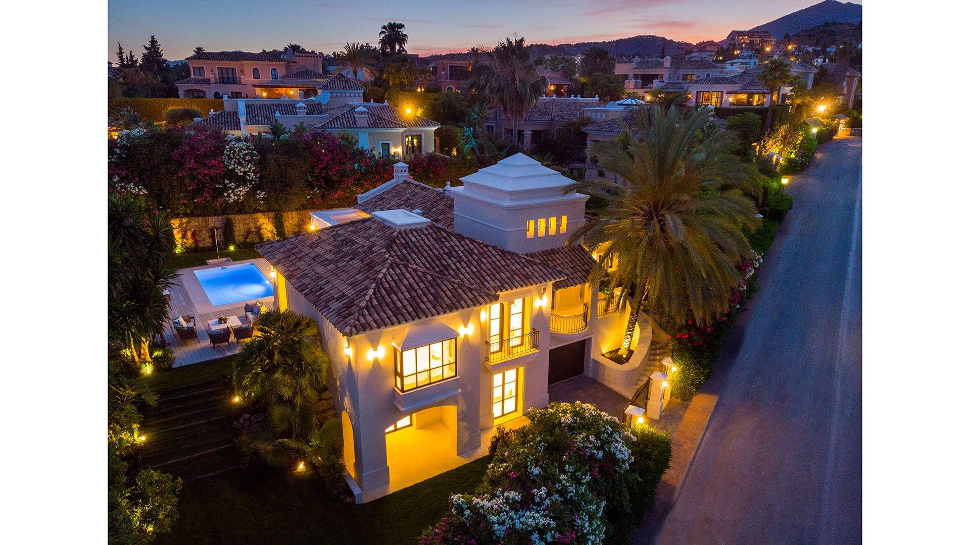 Villa Cordoba: Volledig gerenoveerde luxe villa in het hart van de Golf Valley – Marbella