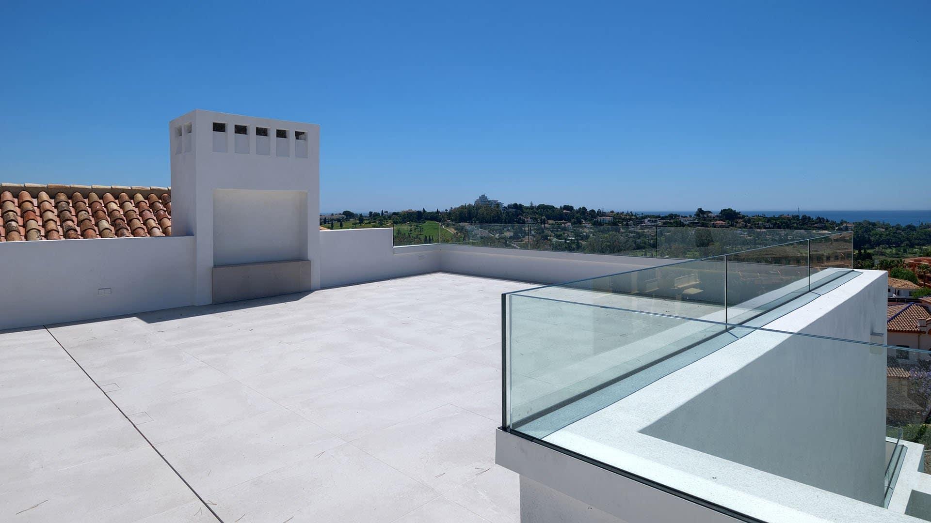 Villa El Paraiso Alto: Luxury villa with spectacular sea views in El Paraíso Alto
