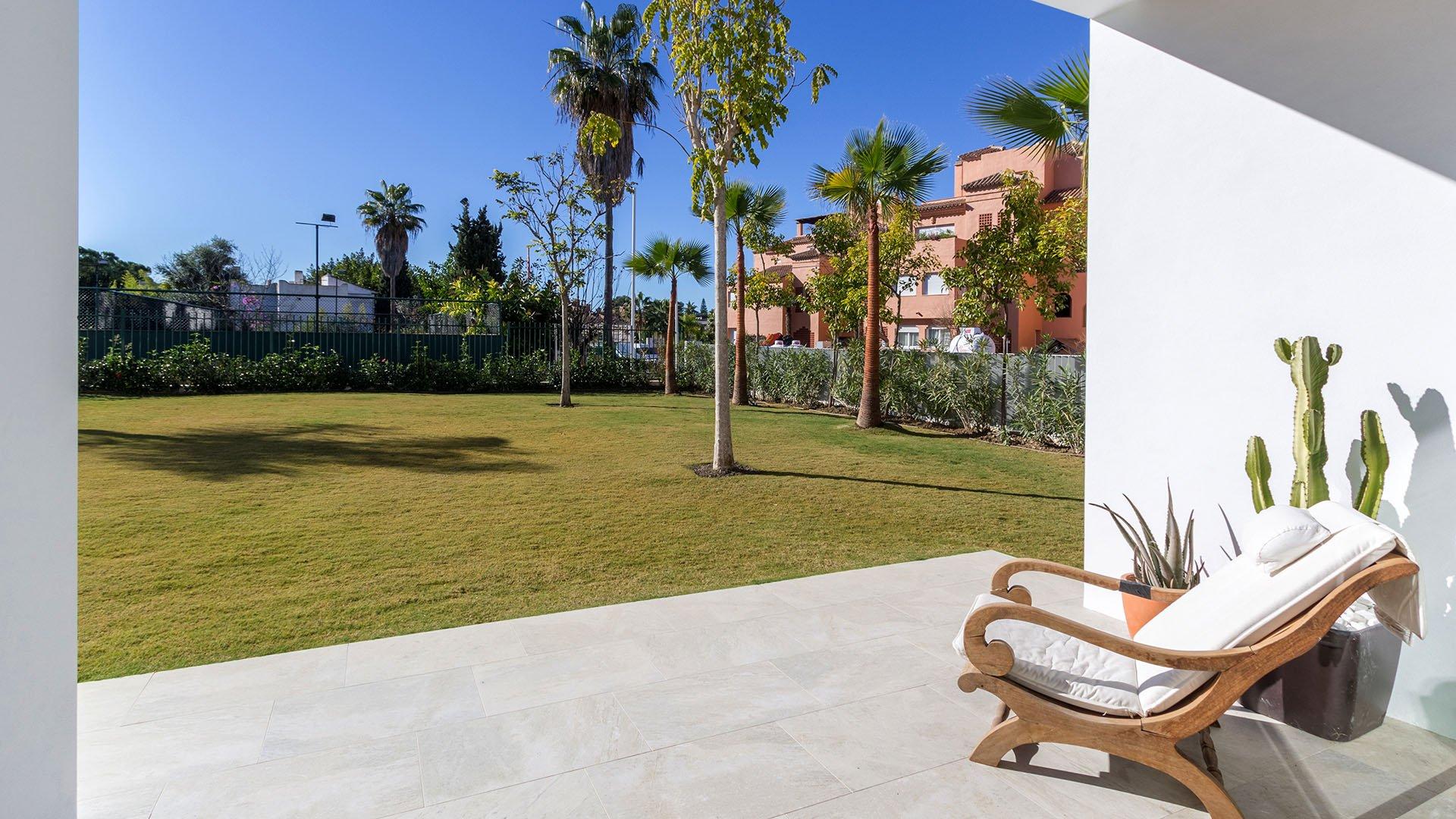 Villa Guadalmina Baja: Moderne villa naast de Guadalmina Golf in Marbella