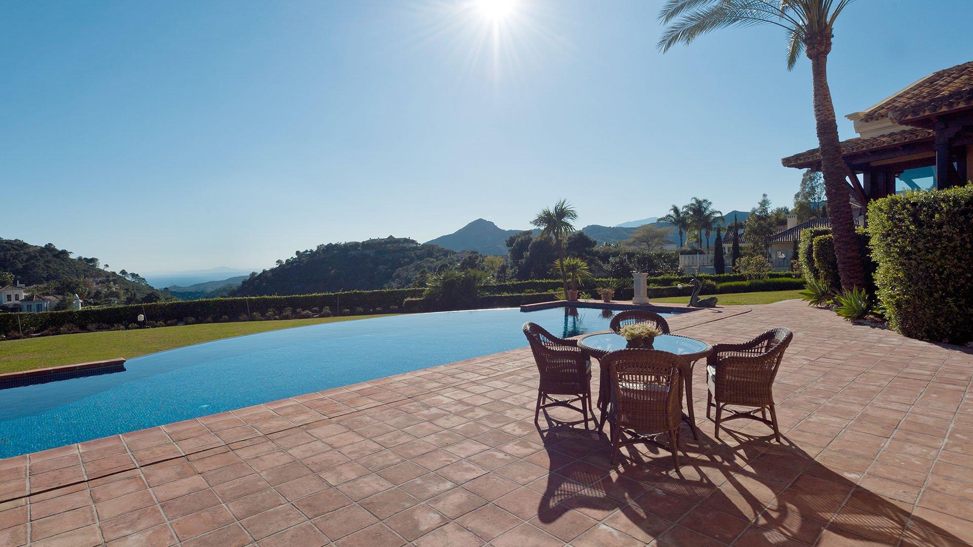 Villa Heri: Eerste linie golf villa in La Zagaleta
