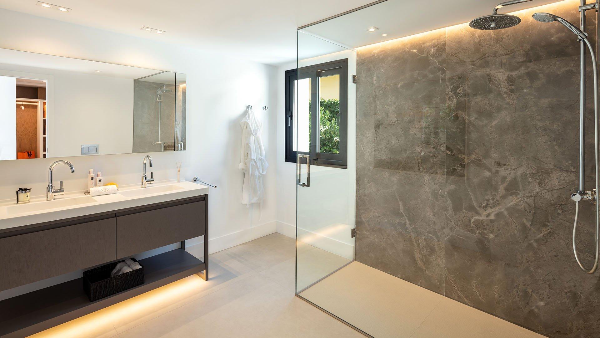 Villa Karma: Renovated luxury villa in the heart of Nueva Andalucía, Marbella
