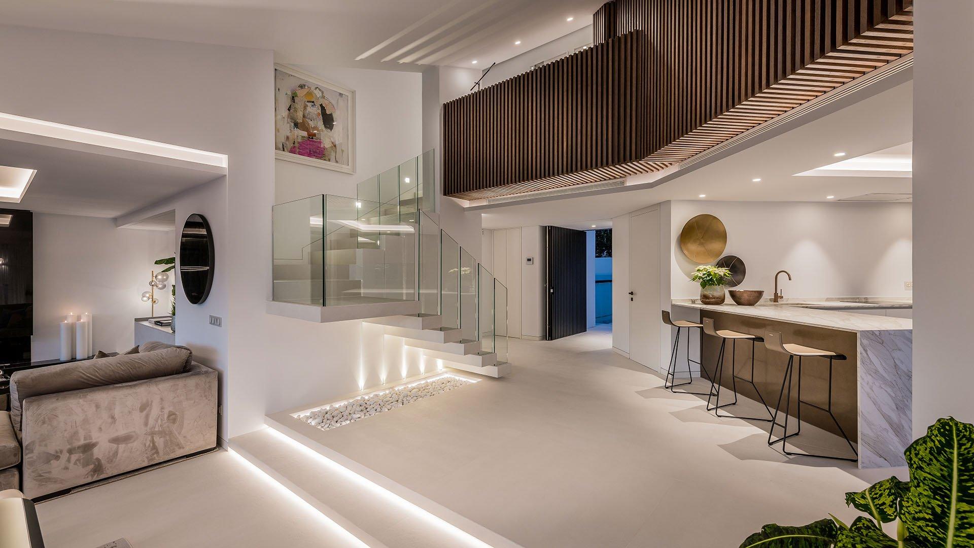 Villa Laranja: Contemporary villa in Nueva Andalucía, Marbella