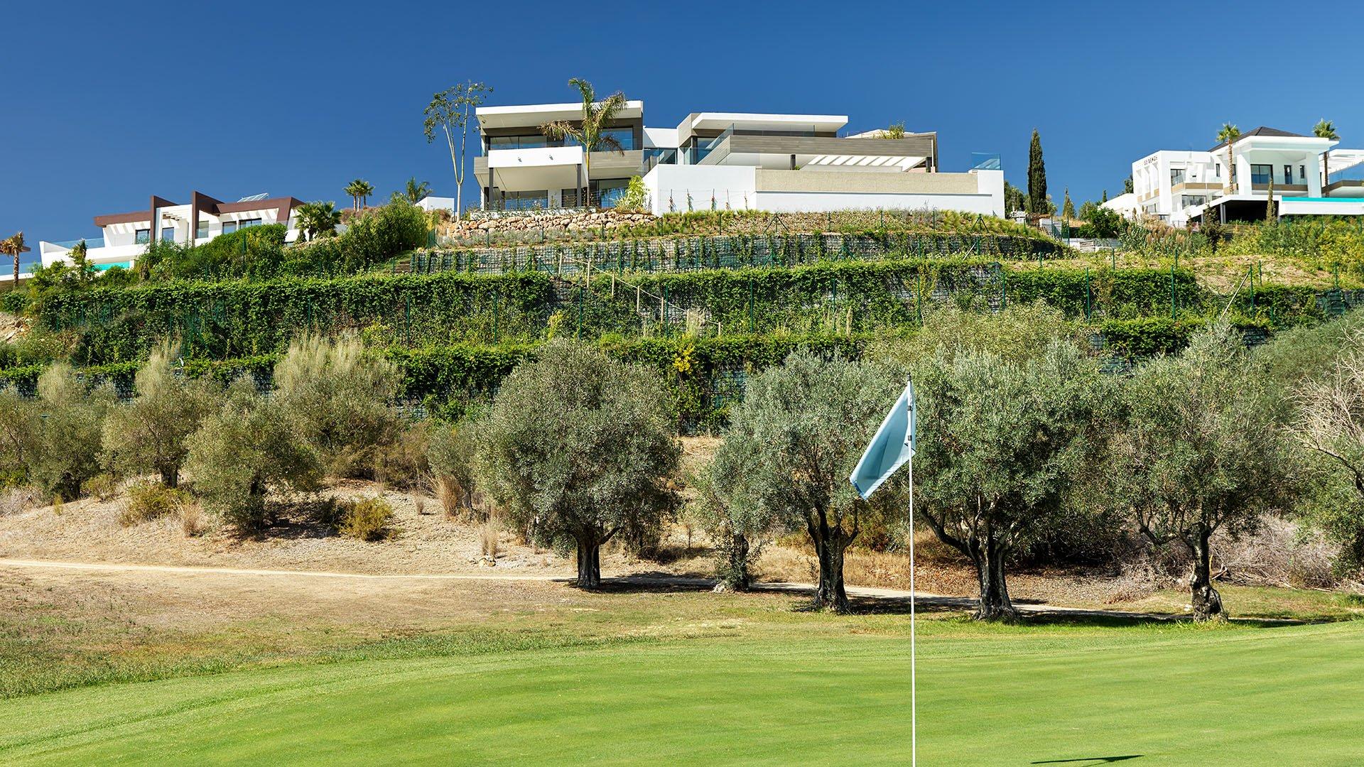 Villa The Vy: Beautiful contemporary villa with sensational golf and sea views
