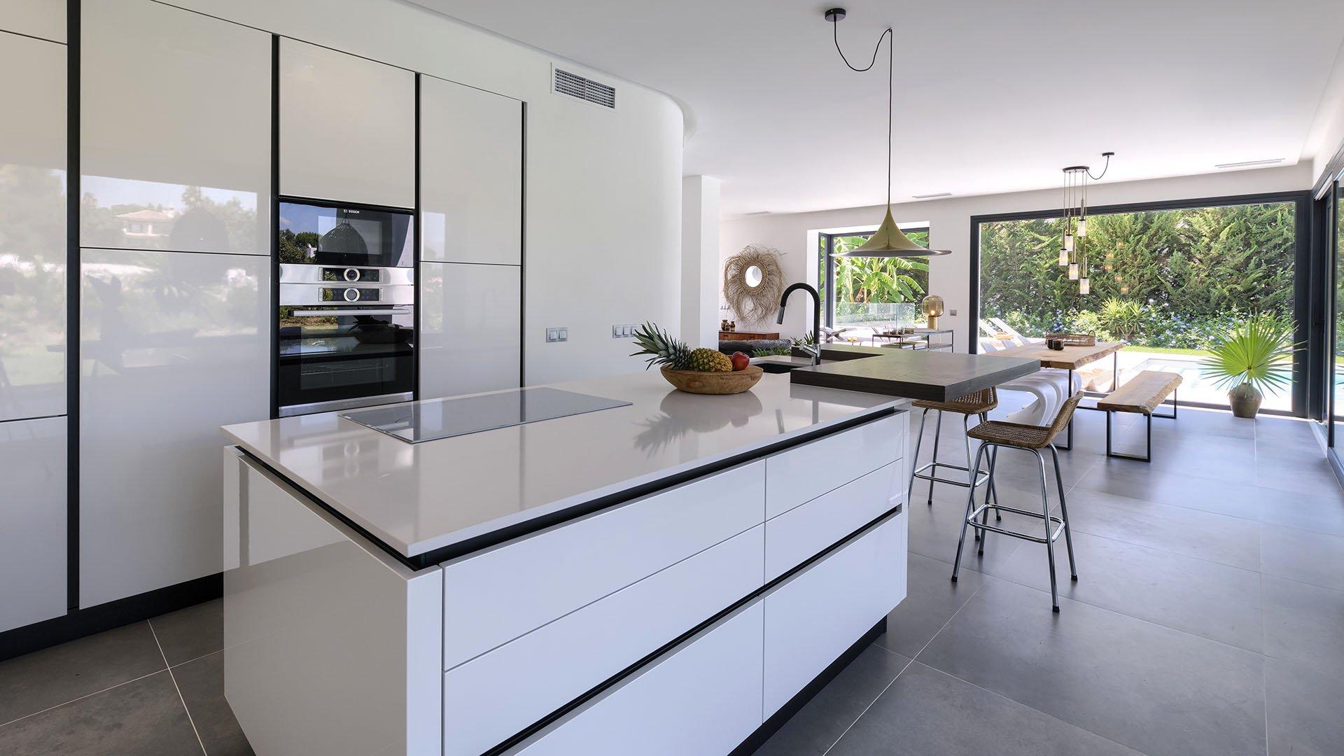 Villa Zensea: Contemporary luxury villa east of Marbella
