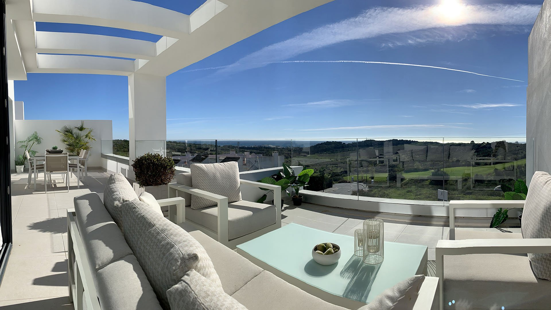 Mirador del Golf: Apartments with stunning views in the golf of Estepona