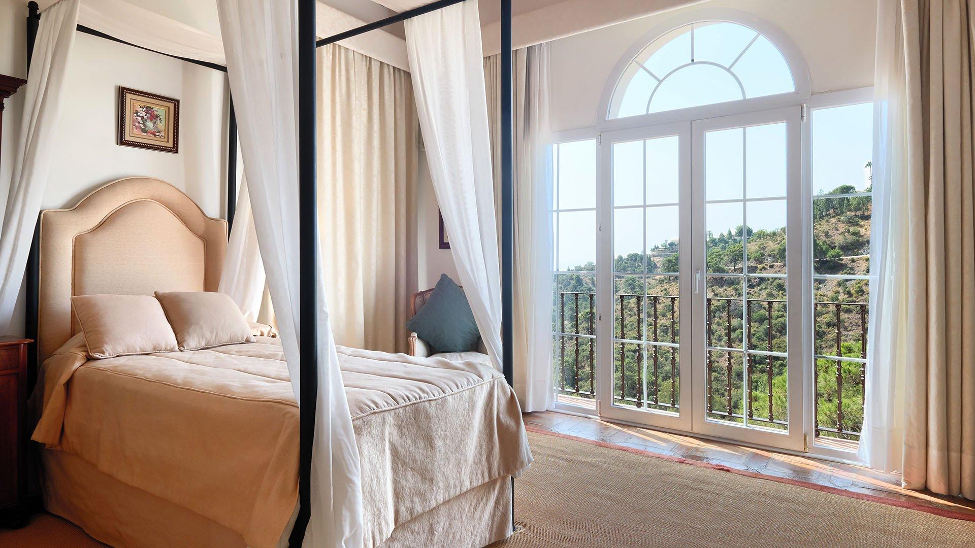 Casa Rosa: Traditional luxury villa in El Madroñal